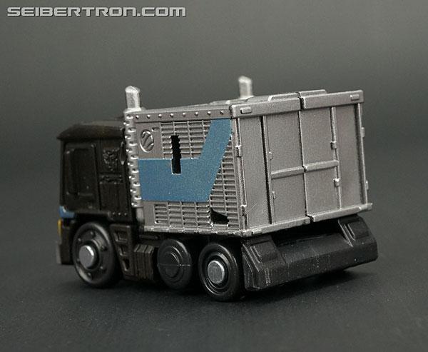Q-Transformers Black Convoy (Black Optimus Prime) (Image #16 of 78)