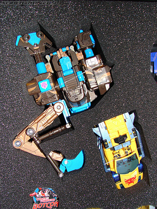 Transformers BotCon Exclusives Optimus Primal (Image #30 of 178)