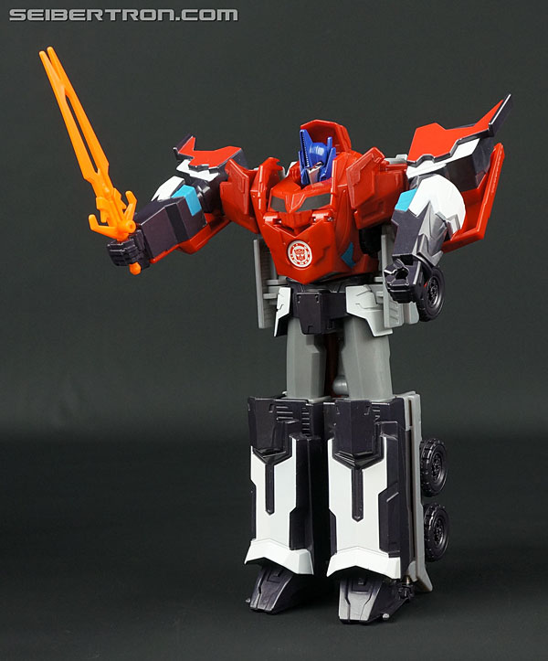 Transformers News: New Galleries: Robots In Disguise Hyperchange Sideswipe and Clash of the Transformers Hyperchange Bu
