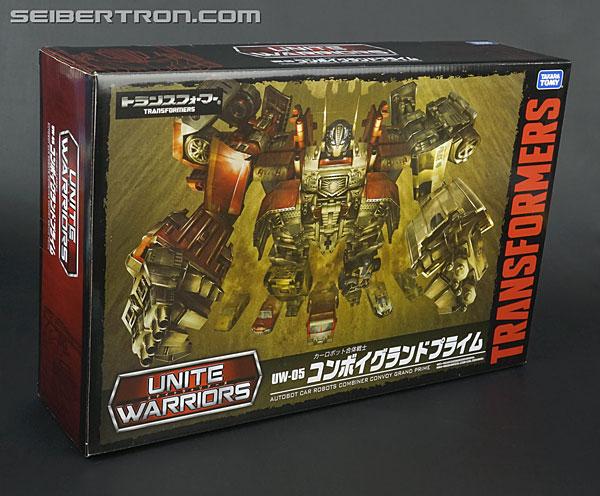Transformers News: New Galleries: Unite Warriors UN-05 Convoy Grand Prime