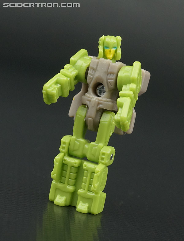 Transformers News: New Galleries: Titans Return Deluxe Hardhead with Furos