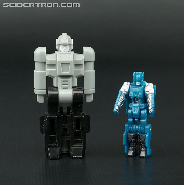 Transformers News: New Galleries: Titans Return Deluxe Blurr with Hyperfire