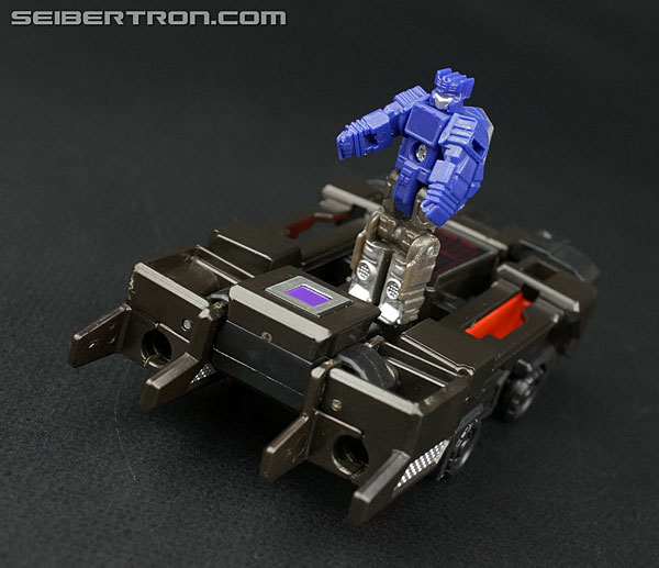 Transformers News: New Galleries: Titans Return Legends Rumble, Ravage and Laserbeak