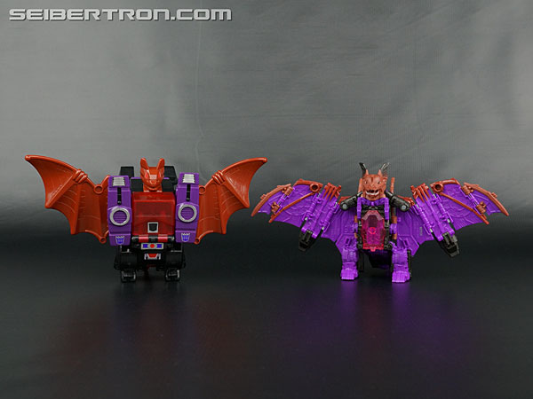 Transformers News: ew Galleries: Titans Return Wolfwire, Mindwipe and Legends LG-22 Skullcruncher