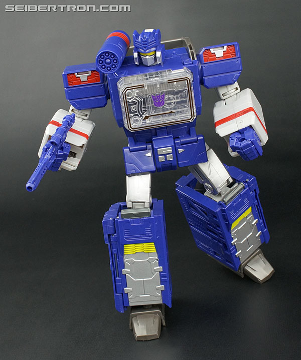 Transformers News: New Galleries: Titans Return Leader Soundwave with Soundblaster