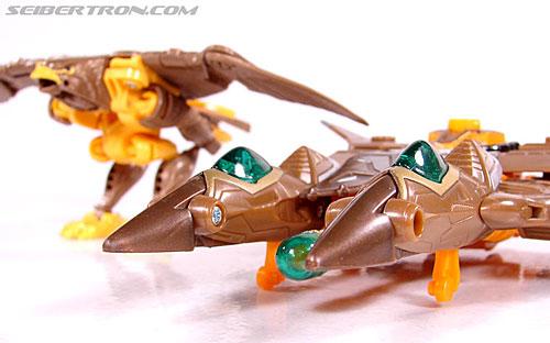 Transformers Club Exclusives Airazor (Chromia 10 Pilot) (Image #51 of 132)
