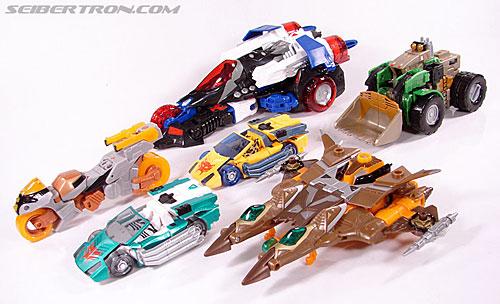 Transformers Club Exclusives Airazor (Chromia 10 Pilot) (Image #62 of 132)