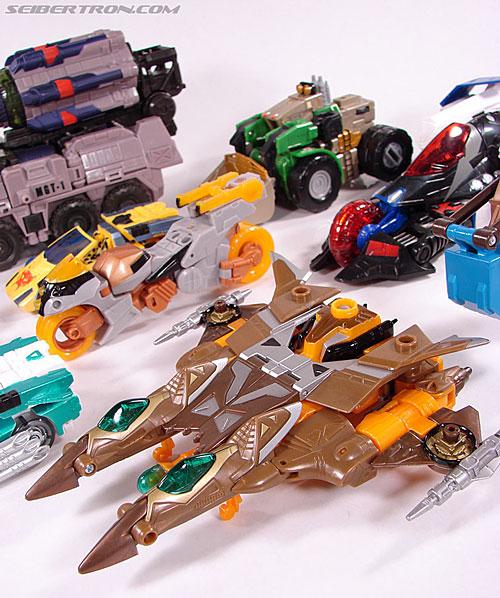Transformers Club Exclusives Airazor (Chromia 10 Pilot) (Image #64 of 132)