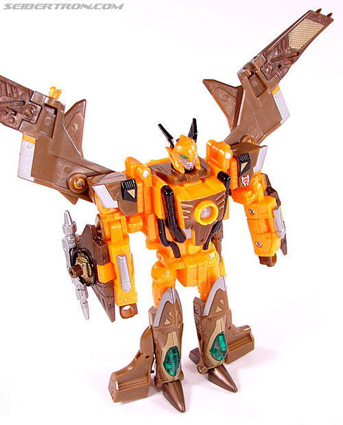 Transformers Club Exclusives Airazor (Chromia 10 Pilot) (Image #73 of 132)