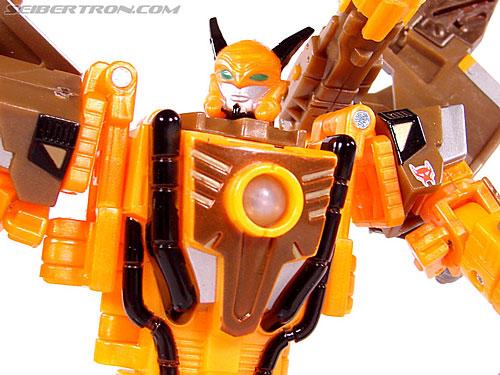 Transformers Club Exclusives Airazor (Chromia 10 Pilot) (Image #104 of 132)
