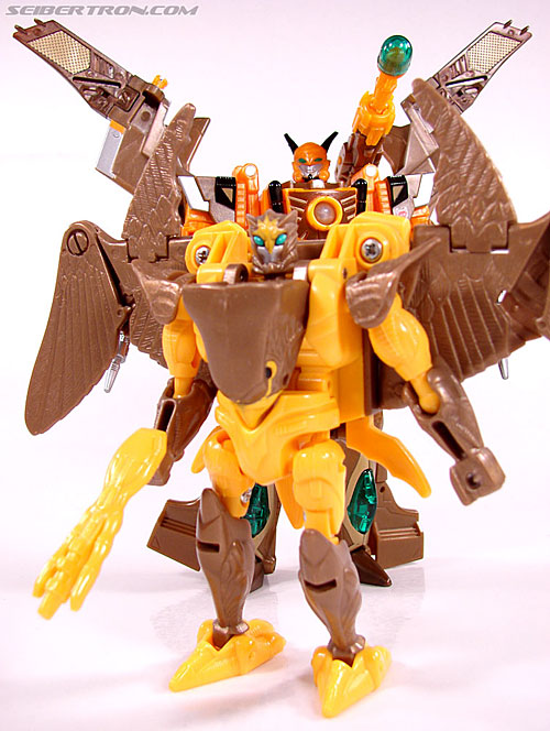 Transformers Club Exclusives Airazor (Chromia 10 Pilot) (Image #111 of 132)