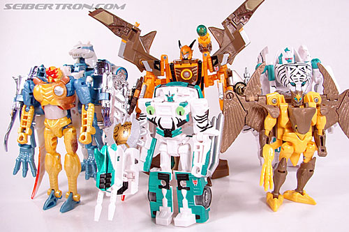 Transformers Club Exclusives Airazor (Chromia 10 Pilot) (Image #116 of 132)