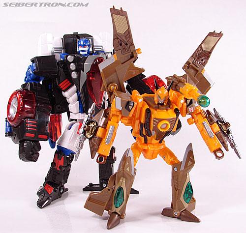 Transformers Club Exclusives Airazor (Chromia 10 Pilot) (Image #127 of 132)