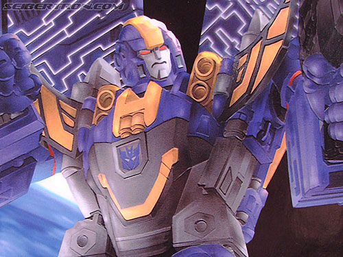 Transformers Club Exclusives Astrotrain (Image #5 of 176)