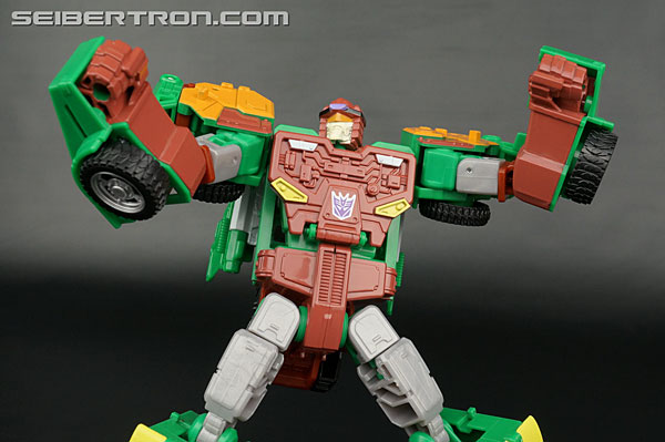 Transformers News: New Galleries: Club Subscription 4.0 Thunder Mayhem, Bludgeon, Spinister and Windsweeper