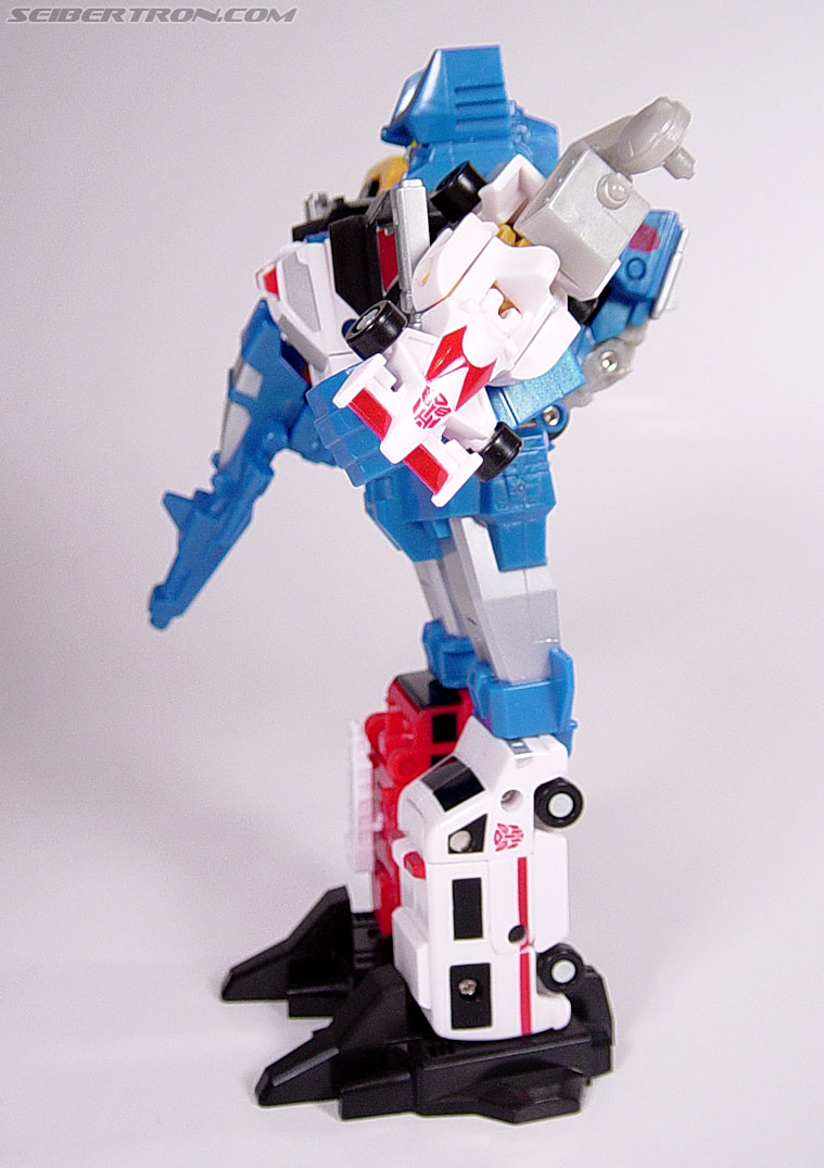 Transformers Universe Defensor (Image #25 of 63)