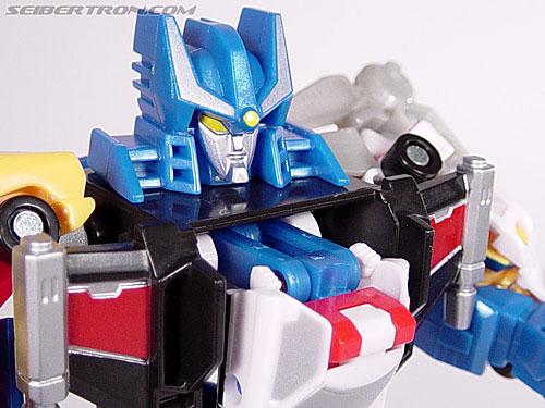 Transformers Universe Defensor (Image #20 of 63)