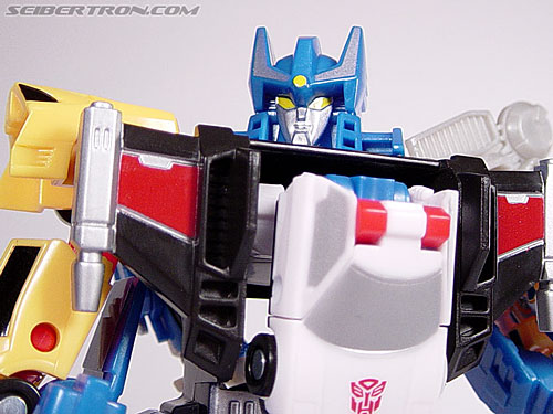 Transformers Universe Defensor (Image #37 of 63)