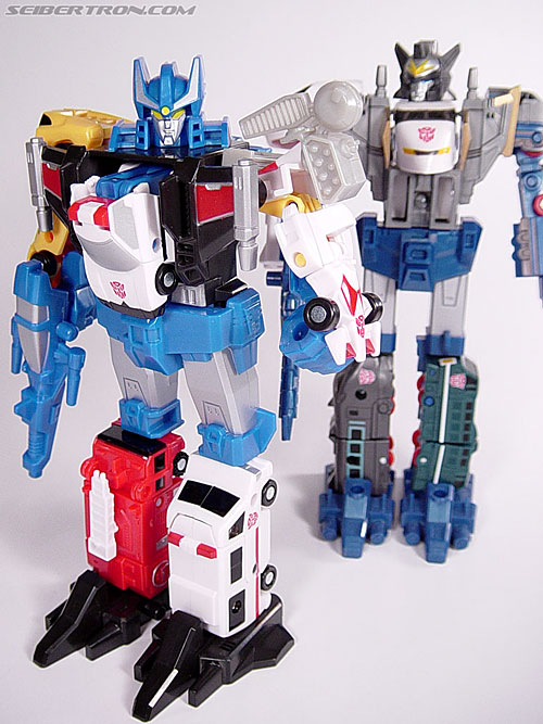 Transformers Universe Defensor (Image #42 of 63)