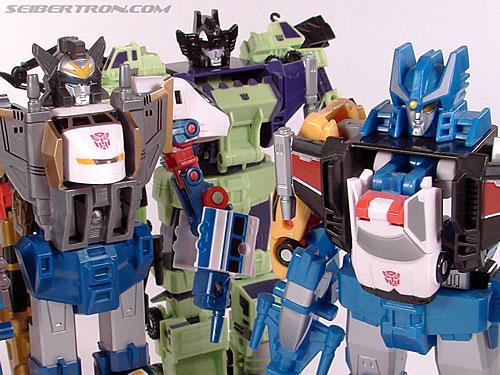 Transformers Universe Defensor (Image #53 of 63)