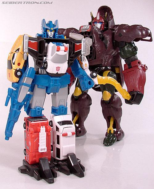 Transformers Universe Defensor (Image #61 of 63)