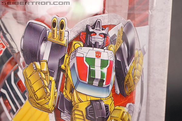 Transformers Universe Downshift (Image #5 of 163)