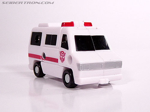 Transformers Universe First Aid (Image #5 of 24)