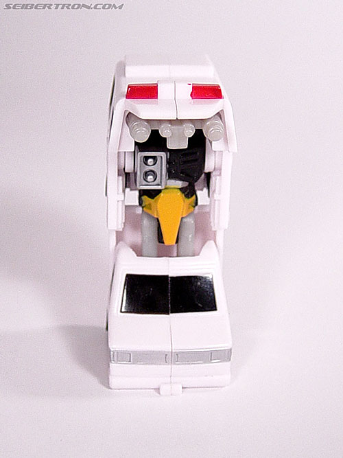 Transformers Universe First Aid (Image #11 of 24)
