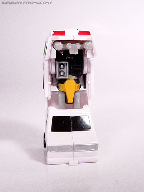 Transformers Universe First Aid (Image #12 of 24)