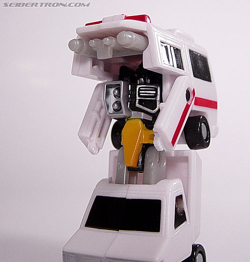 Transformers Universe First Aid (Image #22 of 24)