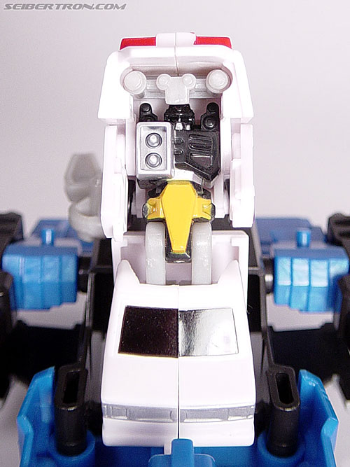 Transformers Universe First Aid (Image #23 of 24)