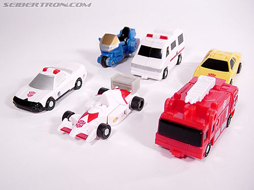 Transformers Universe Streetwise (Image #2 of 21)