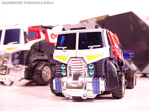 Transformers Energon Optimus Prime (Grand Convoy) (Image #2 of 63)