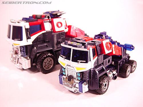 Transformers Energon Optimus Prime (Grand Convoy) (Image #3 of 63)