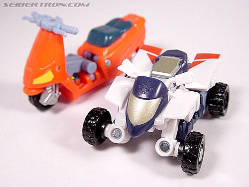 Transformers Energon Sureshock (Charge) (Image #13 of 31)