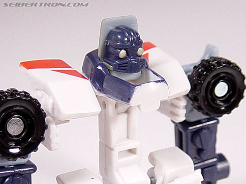 Transformers Energon Sureshock (Charge) (Image #20 of 31)
