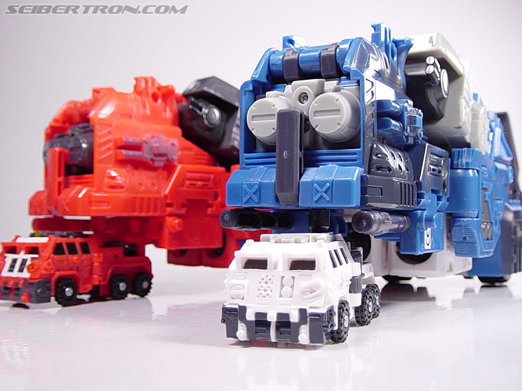 Transformers Energon Ultra Magnus (Image #25 of 78)