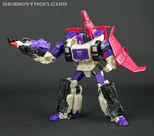 Transformers News: New Galleries: WFC Siege Voyager Class Apeface with Spasma
