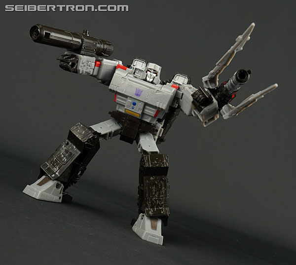 Transformers News: New Gallery: Transformers War for Cybertron: Siege Voyager Megatron