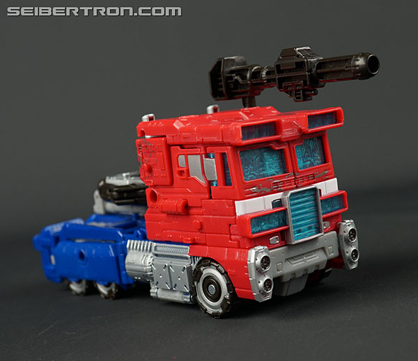 Transformers News: New Gallery: War for Cybertron: SIEGE Voyager Class Optimus Prime