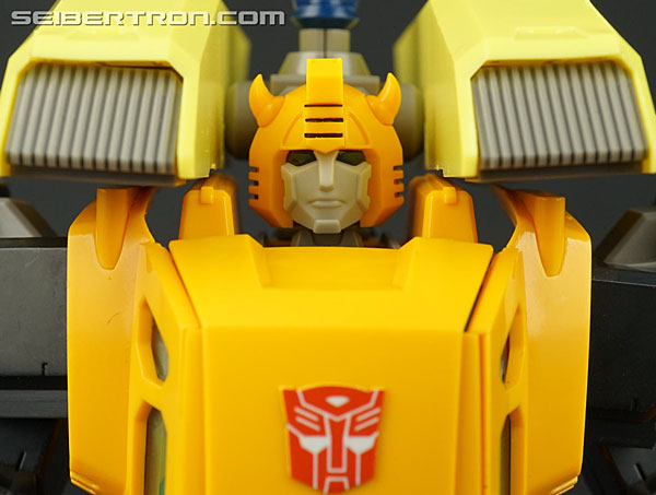 Flame Toys Bumblebee gallery