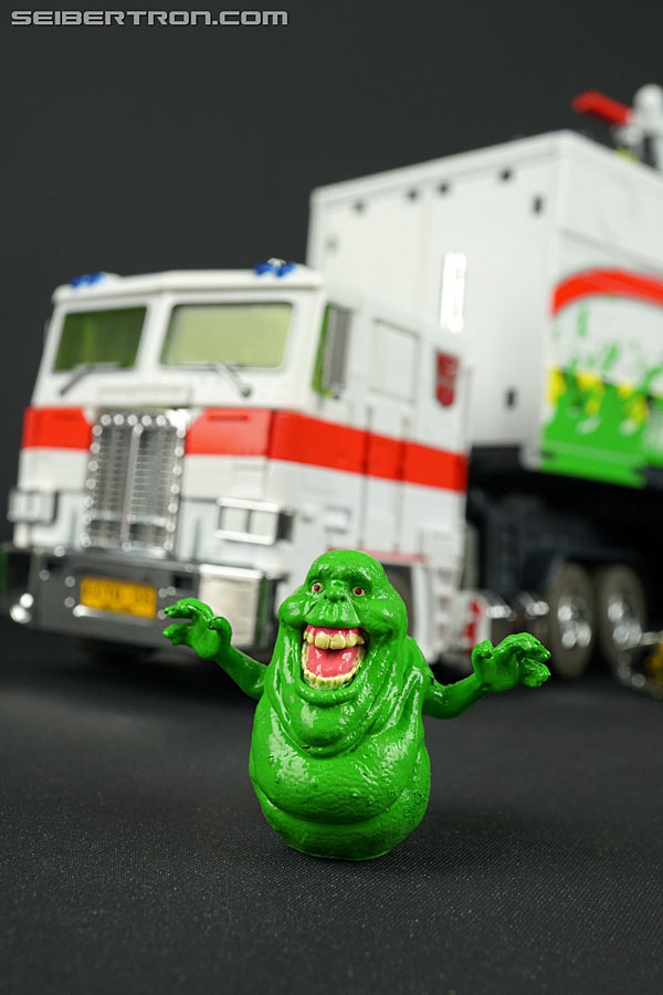 Transformers News: New Gallery Of #SDCC Exclusive Transformers Collaboration MP-10G Optimus Prime With Slimer
