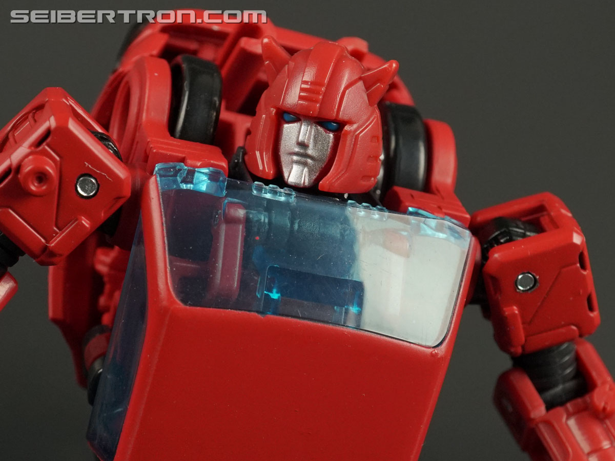 Transformers War for Cybertron: Earthrise Cliffjumper (Image #117 of 141)