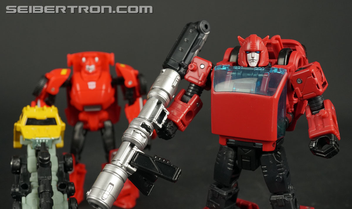 Transformers War for Cybertron: Earthrise Cliffjumper (Image #134 of 141)