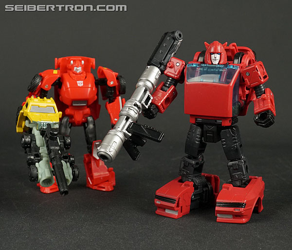 Transformers War for Cybertron: Earthrise Cliffjumper (Image #133 of 141)