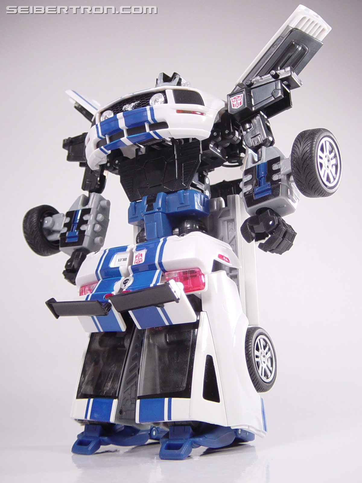 Transformers Alternators Wheeljack (Image #67 of 106)