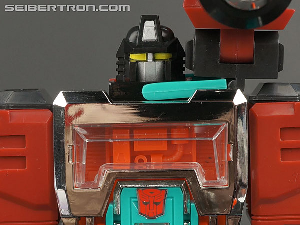 G1 Commemorative Series Cybertron Perceptor gallery