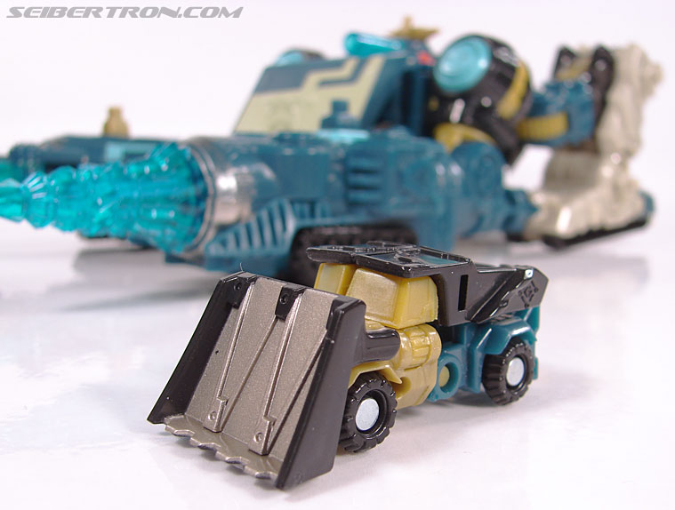Transformers Cybertron Heavy Load (Bull Bull) (Image #19 of 56)