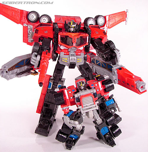 Transformers cybertron leobreaker and optimus prime