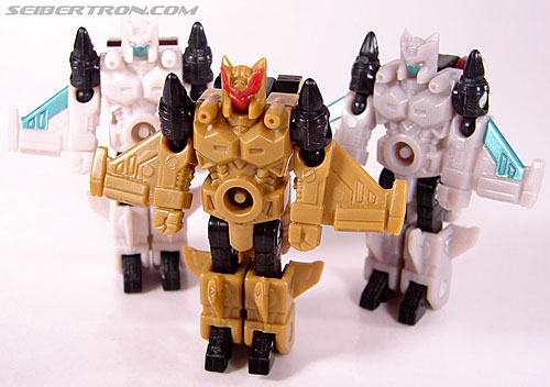 Transformers Cybertron Safeguard (Roots) (Image #40 of 43)